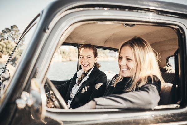 Françoise & Fanny dans la Citroën